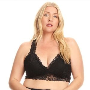 🚨🚨 ONLY one left 🚨🚨 Plus Sized Bralette